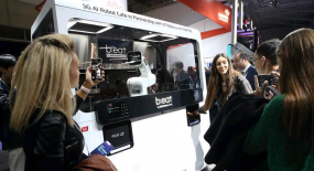 KT Showcases 5G-connected and AI-powered Robot Cafe
