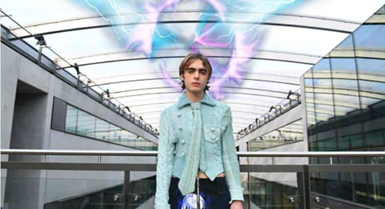 Three UK Launches World's First 5G Mixed Reality Catwalk at London Fashion Week